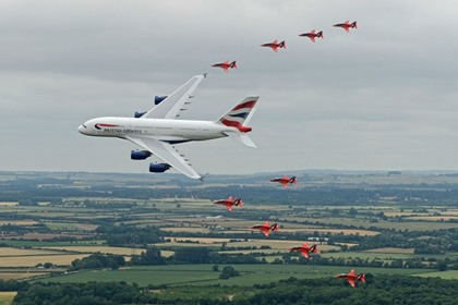 GolfHotelWhiskey.com - BA A380 and the Red Arrows